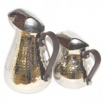 hammered sangria jug leather handle